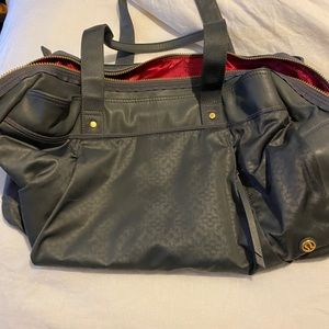 Lululemon gray overnight bag